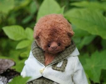 Artist teddi bear Luc