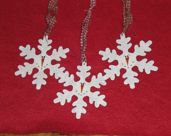Set of 3 Whimsical Primitive White Painted Rusty Tin Snowflakes Snowman Ornaments Christmas Holiday Ornies Hang Tags Gift Ties