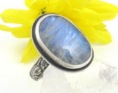 Rainbow Moonstone Ring - Sterling Silver oval Rainbow Moonstone ring - US size 9 - rainbow moonstone ring - floral moonstone ring