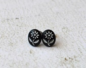 Vintage Black and White Carved Flower Titanium Earring Posts- Black and White Earrings- Titanium Studs- Vintage Earrings- Hypoallergenic