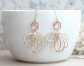 Peach Wedding Earrings, Peach Feather Earrings, Champagne Blush Earrings, Blush Peach Earrings, Gold Feathers Earrings, Bridesmaids Earrings