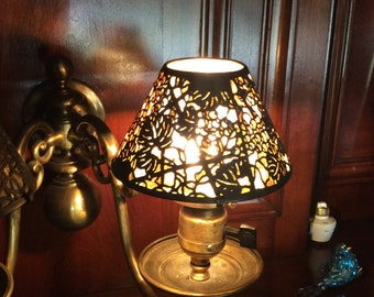 Tiffany Studios Lamp Shade in Grapevine Pattern, Mica Lined Shade, signed Tiffany Studio, Antique lamp Shade