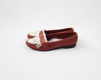 Vintage Cole Haan Penny Loafers - Womens Brogues Leather Flats - White and Brown Two Tone Shoes w/ Kiltie Fringe - Size 8.5 M