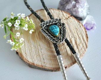 Vintage Turquoise & Leather Bolo Tie Pendant Necklace