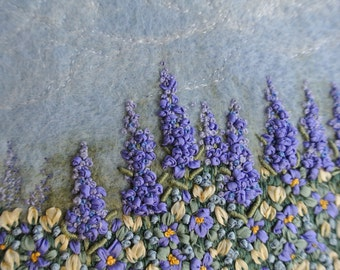 """Needle Felted and Embroidered Original Art 4 1/2""""  X 6 1/2"""" item H036"""
