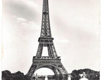 Vintage Postcard - The Eiffel Tower - Photo Veritable - Guny 1953