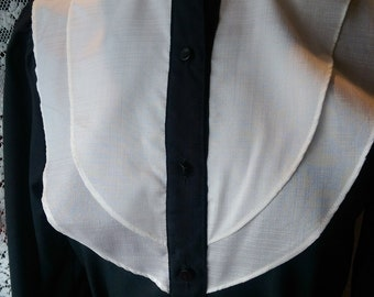 RUFF COLLAR BLOUSE/ vintage 1970s/ black and white
