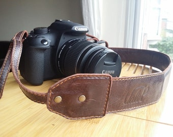 Leather Camera Strap - Customizable and adjustable - Camera strap with padding - Handmade in italian leather by Valentina.