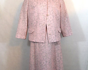 70s Shift Dress Suit, Vintage Amy Adams Double Knit Pink and Gray Jacquard 2 Piece Suit with Pearl Buttons Size 14
