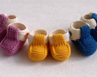 Hand Knit Baby Booties, New Baby Shoes, Crib Booties, Knitted  Newborn Shoes, Baby Shower Gift, New Baby Gift