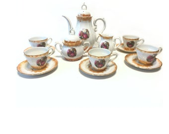 Vintage Miniature Tea Set, Colonial Couple Tea Pot, Made In Japan, Miniature Tea cups, Cups & Saucers, Tea Service, Cottage Chic China Set