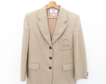 LAURA BIAGIOTTI Vintage Very Rare Bear's Bazaar Beige Wool Blazer Jacket with Embroidered Bears and Bear Engraved Buttons, sz. 42 ITA
