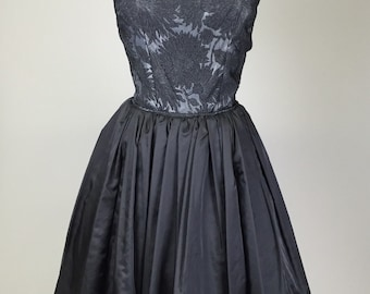 Sale! Vintage 1950s, Black, Cocktail Dress // Retro, 50s Prom, Costume, Evening Gown, Women's Size X-Small