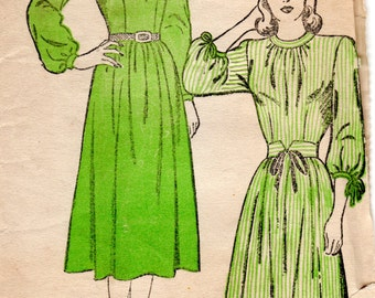 1940s Day Dress with Gathers - Vintage Pattern New York 248 - Bust 36