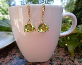 Gold Earrings, gold-plated with beautiful crystal in Peridot Green