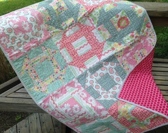 Churn Dash Lap Quilt