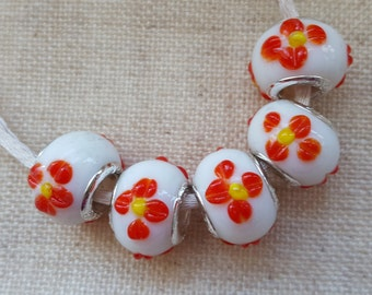 White Flower Beads  x 5. Glass Beads.  White Lampwork Beads. European Bracelet Style. UK Seller