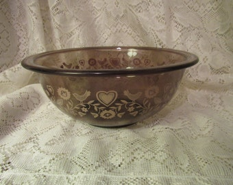 Pyrex Festive Harvest Glass Mixing Bowl, Birds and Hearts