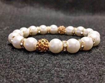 Pearl bracelet with Pave Rhinestone beads