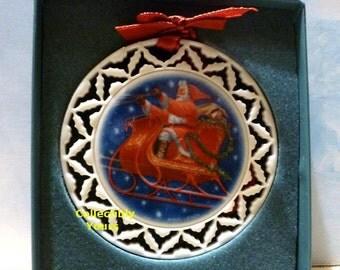 Vintage Lenox SANTA'S RIDE Ornament, Santa's Portraits, pierced, 1990, ivory porcelain china, gold trim, New Never Displayed, Original Box