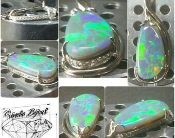 18K rare Harlequin pattern  Black Opal pendant