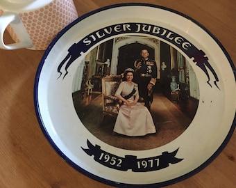 A tea tray celebrating the royal jubilee