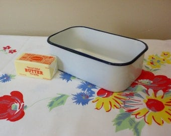 "Enamelware Refrigerator Pan, Small 8"" x  5"" and 2 1/2"" deep, Vintage 1940's to 50's Era, Bright White with Cobalt Rim Enamelware"