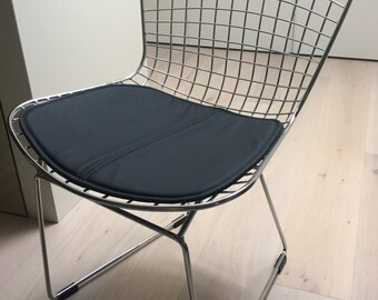 Bertoia Side Chair Cushion Black Steel Structure PACKED