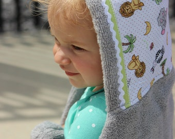 Baby Safari Animals - Baby to Toddler Hooded Towel - Personalized Baby Towel - Toddler Towel - Baby  Bath Towel -Baby Shower- Swim -