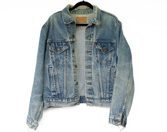Vintage L Levi's Trucker Denim Jacket / Mens Levi's Worn Jean Jacket / Men's Size Large Levis Denim Jacket / Size 46 Vintage Levis Jacket
