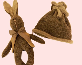 SALE 50% hat and rabbit. Wool 100%