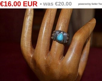 winter sales Vintage sterling silver ring with turquoise tjan217
