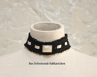 Choker, black and champagne, crocheted
