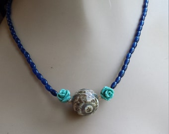 Blue lapiz and turquoise one strand necklace