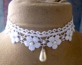 wedding lace beaded Flower necklace