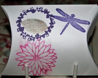 Gift Box Pillow Shape