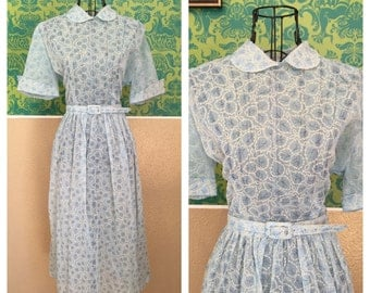 Vintage 1950s Dress - Light Blue White Leaf Print - M