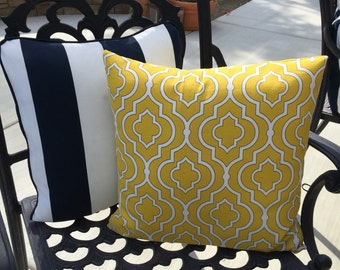 Outdoor pillow cover