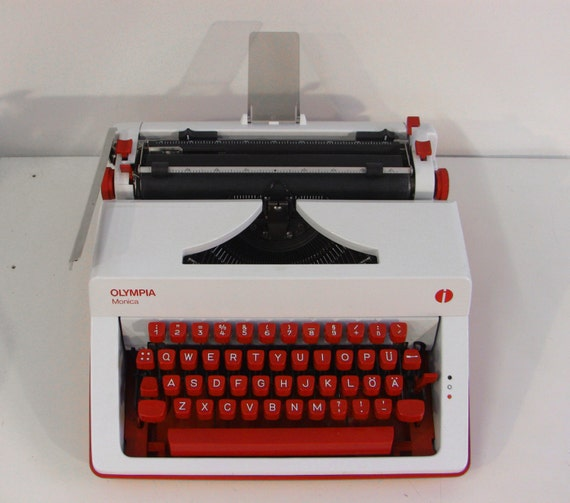 Flaming Red White Olympia Monica Luxury Typewriter Qwerty