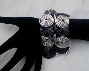 Jewelry Elvish creation black spiral Cuff Bracelet