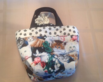 Woman's or child's cat tote and lunch bag