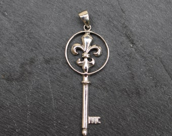 Key with Fleur de Lis Pendant -  Sterling Silver, Charm
