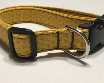 Adjustable Yellow and Brown Flower Print Dog Collar