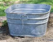 Vintage Square Wash Tub, Large Wash Pot, Galvanized Steel, Large Garden Planter, Rustic Garden Decor, Farmhouse Antiques, Large Metal Tub