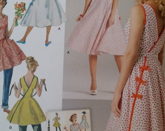 Simplicity 8085, 1950's vintage, wrap dress or top, sizes 6 to 14