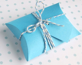 Blue Pillow Box Kit, With Matching Tags and Bakers Twine - Set of 10