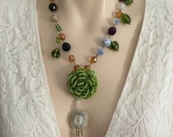 Romantic beaded necklace