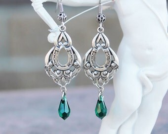 Swarovski earrings, green earrings, emerald earrings, silver earrings, vintage earrings