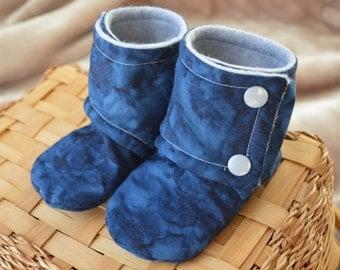 Baby Booties Stay On, Blue Water Cloud Batik