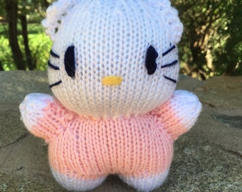 Hello Kitty knitted toy